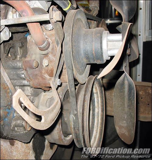 302 power steering belt configuration