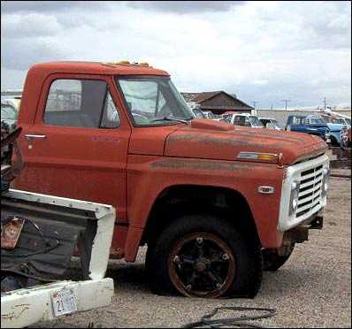 1970 Ford f700 truck