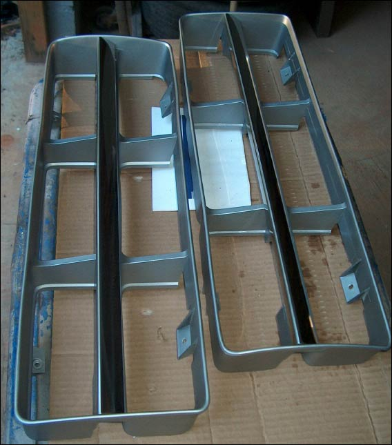 Custom Truck Grilles >> Body Trim and Emblems - FORDification.com