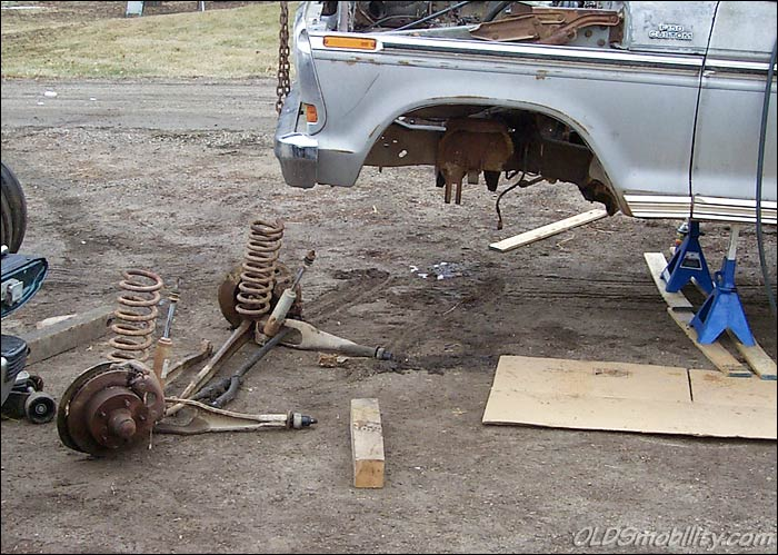 Installing Disc Brakes on Your 2WD Pickup - Pt  1 - FORDification com